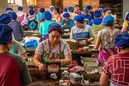 Cegah PHK, Industri Tembakau Butuh Kepastian Berusaha di Tengah Pandemi