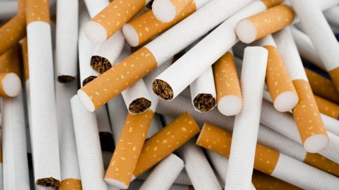 Cukai Rokok Dinaikkan, Omzet Pedagang dan Koperasi Ritel Makin Merana